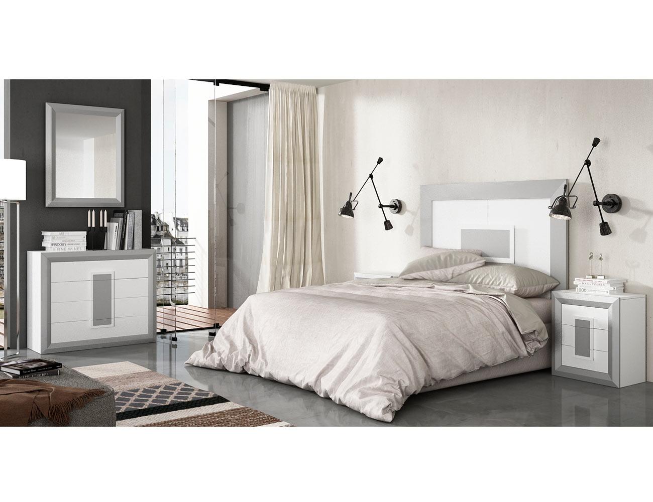 C moda con marco espejo para dormitorio de matrimonio for Comoda matrimonio