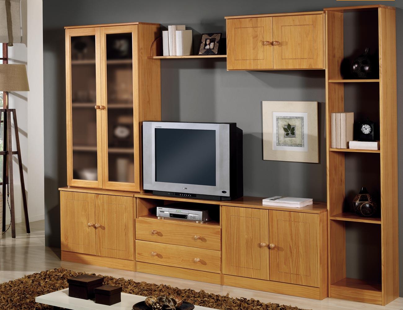 Muebles de sal n comedor en madera de pino color miel for Muebles salon provenzal