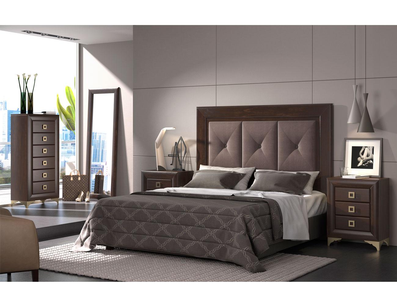 Dormitorio de matrimonio con cabecero tapizado en color for Sillas para habitacion matrimonio