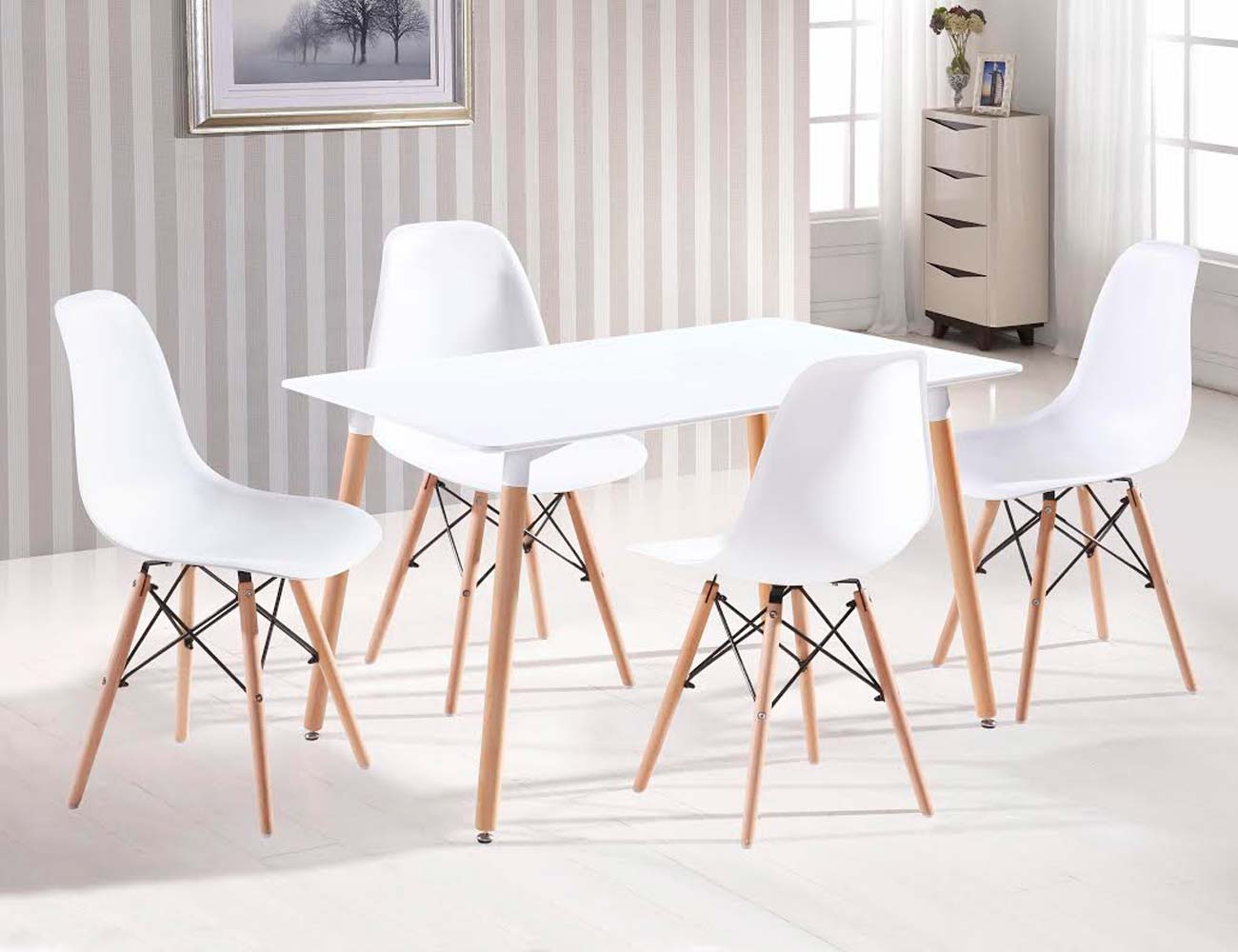 Foto detalle silla asiento resina blanco patas madera
