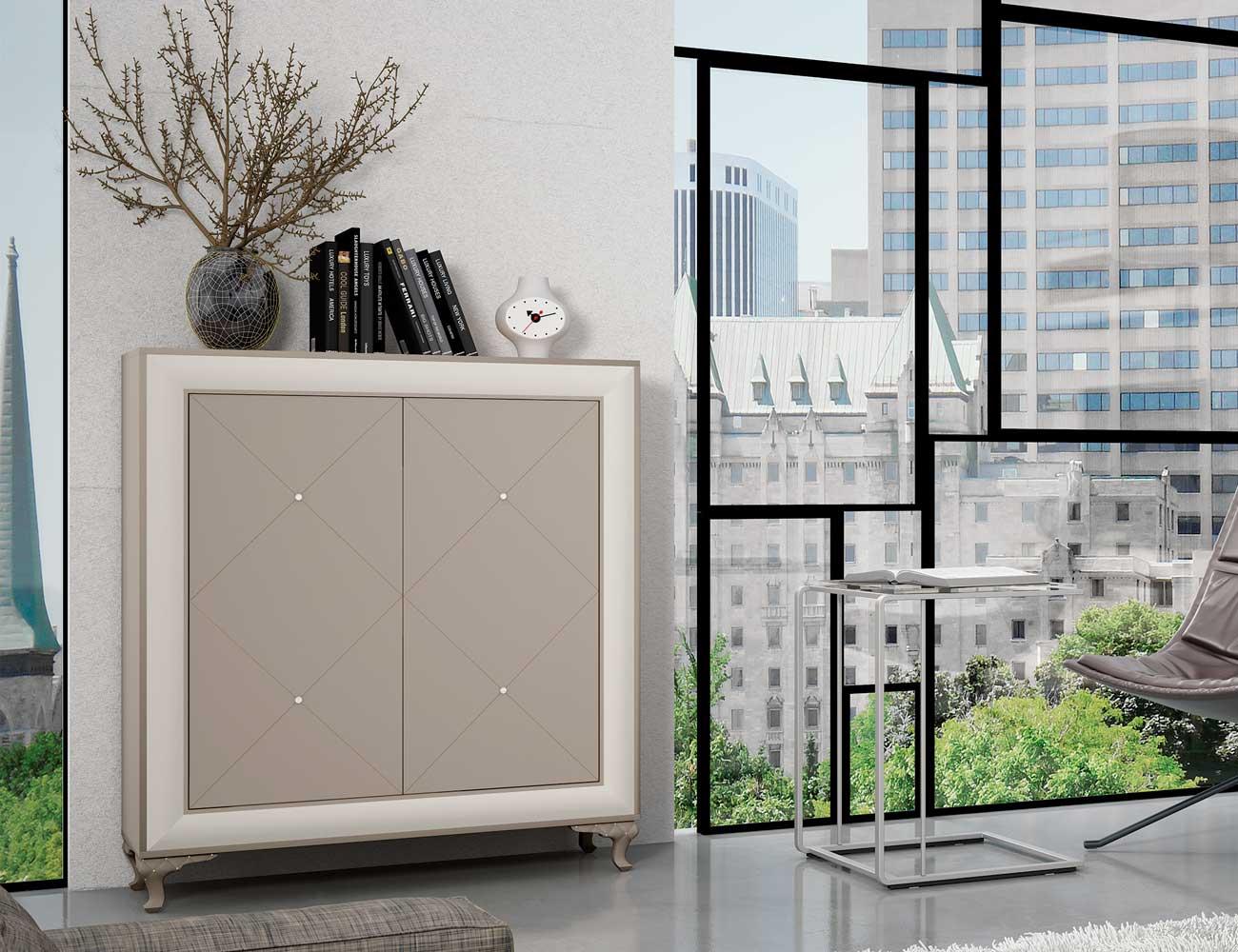 Mueble De Sal N Comedor Estilo Neocl Sico Con Patas Y Cristales De  # Muebles Vajilleros Para Comedor