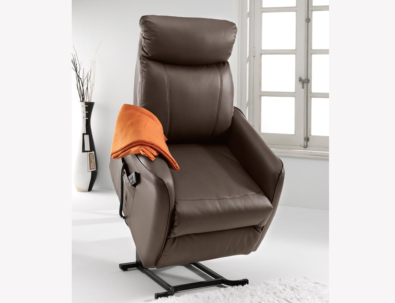Sillon relax dos motores power lift levanta personas simil piel 21