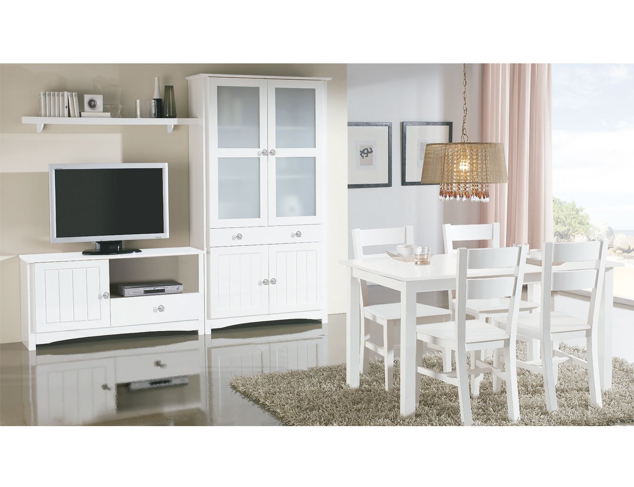 Sal n comedor con vitrina y mueble tv en madera color for Muebles de salon color blanco