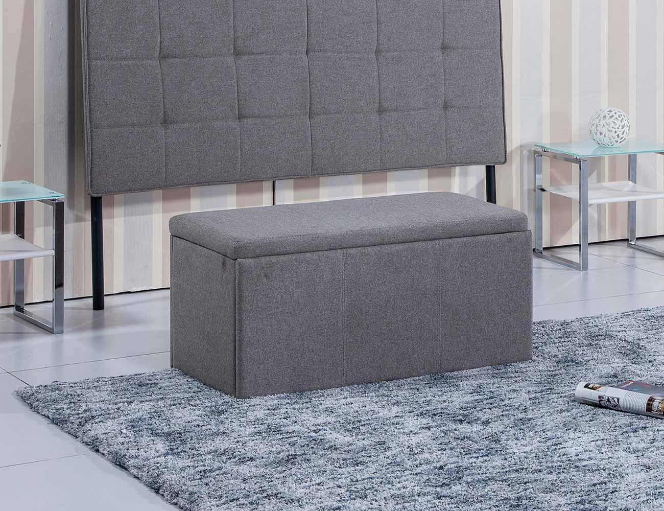 Baul tapizado gris ceniza