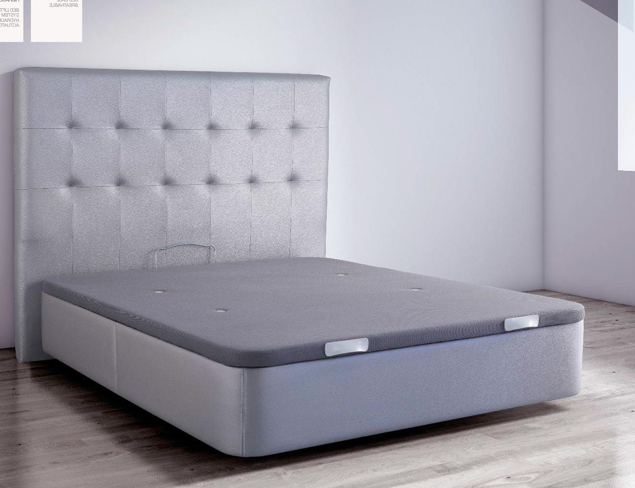 canap tapizado en polipiel color plata con tapa. Black Bedroom Furniture Sets. Home Design Ideas