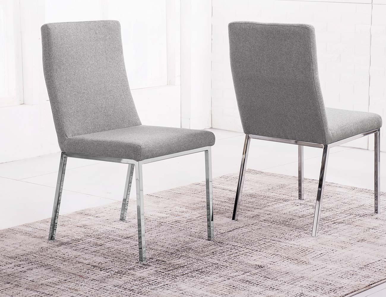 Sillas de comedor tapizadas elegant sillas de comedor for Sillas comedor cromadas