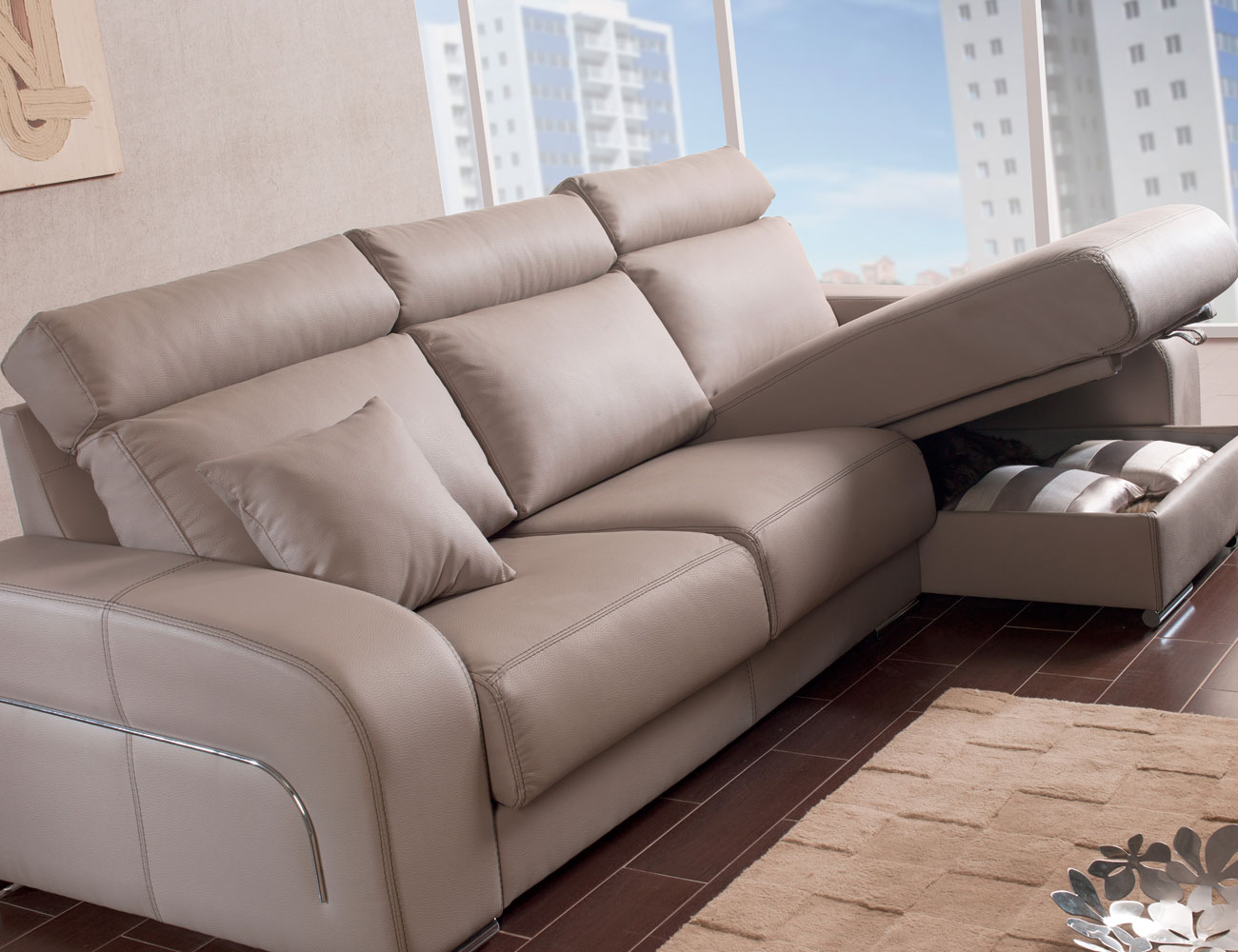 Sofa chaiselongue moderno pared cero arcon